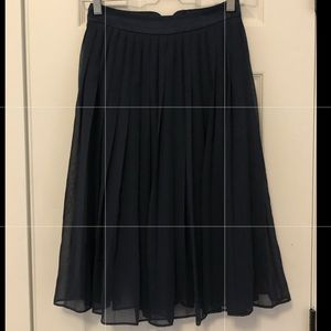H&M Pleated Nagy Skirt